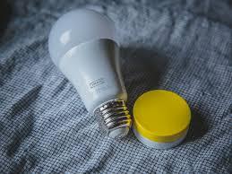 ikea smart bulbs now light up with apple homekit cnet