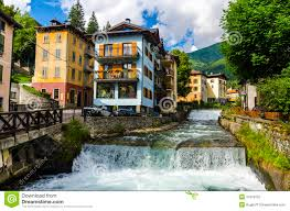 streets and houses in the mountain town of alpine italian ponte di