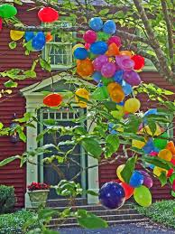Easter Outdoor Decorations by Easter Egg Tree And Outdoor Easter Decorating Ideas Hgtv