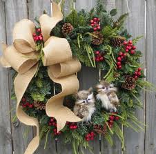 21 artificial christmas wreath ideas for stunning front door