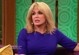 how to cut hair like marie osmond marie osmond reveals that she wears a blonde wig to conceal