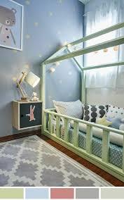 chambre bébé vert et gris 1001 idées pour une chambre bébé en bleu canard des