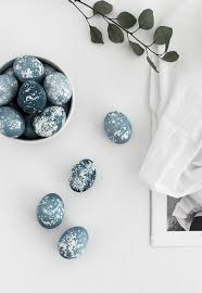 speckled easter eggs diy naturally dyed speckled easter eggs homey oh my