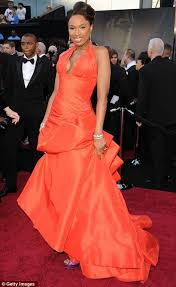 of the gowns oscars 2011 dresses who won in the battle of the gowns on the