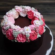 flower cake buttercream flower wreath cakes cake style