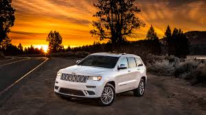 camo jeep grand cherokee 2017 jeep grand cherokee summit what you need to know