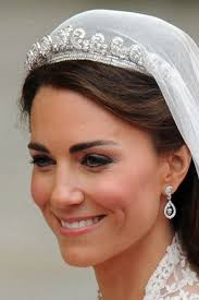 kate middleton wedding tiara royal wedding jewelry kate middleton wears the cartier halo tiara