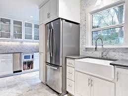 tiles backsplash how to put up backsplash in kitchen crown