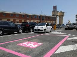 parcheggio auto porto civitavecchia civitavecchia arrivano i primi parcheggi rosa al porto port