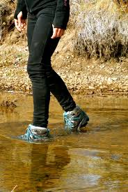 women s hiking shoes women wearing hiking boots with simple picture sobatapk