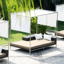 Outdoor Daybed With Canopy Outdoor Daybed With Canopy Pine Popular Inside 12 Lofihistyle