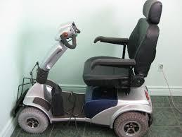 chaise handicap donne fauteuil roulant électrique annonces handicap fauteuil
