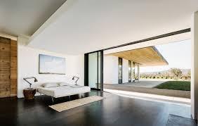 armoire moderne chambre maison bois maison moderne chambre coucher parquet armoire