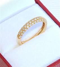 alliance en or the 25 best alliance en diamant ideas on bague en