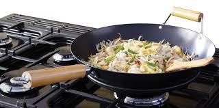 cuisiner au gaz ou à l électricité cuisinière à gaz électrique professional 110 rangemaster