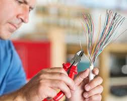 common electrical mistakes made by homeowners