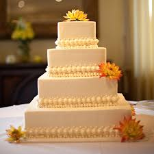 simple wedding cake decorations simple chic wedding cakes we bridalguide