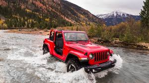 jeep wrangler rubicon offroad specs showdown 2018 jeep wrangler rubicon vs ford f 150 raptor