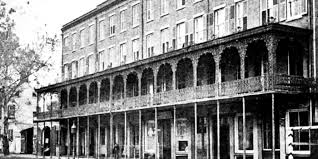 haunted hotels in savannah ga