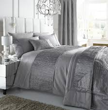 Silver Comforter Set Queen Bedroom Wonderful White And Silver Bedding Set Cal King White