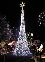 solar christmas tree lights 33 best outdoor solar christmas lights images on pinterest