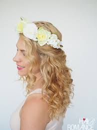 how to get a lifted crown hairdo 2 ways to wear a flower crown hair romance