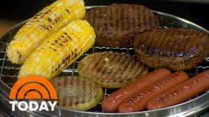 backyard bbq etiquette the right way to eat corn on the cob