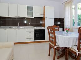 th01882 apartments lumbarda grand white three bedrooms a3