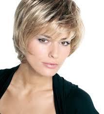 coupe de cheveux court femme 40 ans modele de coiffure femme mi coupe de cheveux carre mi
