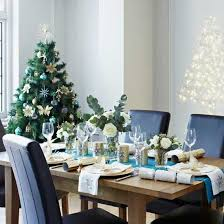 Christmas Decorations For A Blue Room by Colorful Christmas Table Decor Ideas 25 Bright Holiday Table