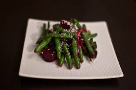 thanksgiving green bean beet and goat cheese salad