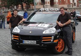 porsche safari porsche rally stars 2007 cayenne s transsyberia and 1978 911 sc