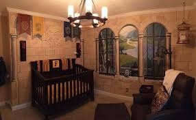harry potter et la chambre ils créent une chambre harry potter pour leur bébé le résultat
