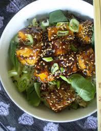 recettes de cuisine japonaise tofu épicé à la mode sucré salé sur lit de riz japonais les