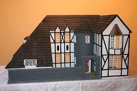 what makes a house a tudor build model castles tudor doll house