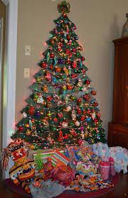 wall christmas tree ideas easy outdoor christmas decorating ideas
