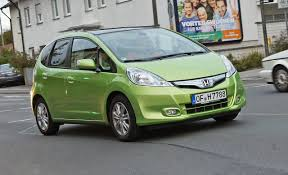 2011 honda fit hybrid euro spec first drive u2013 review u2013 car and driver