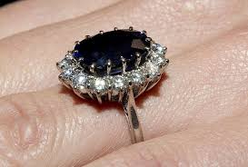 kate engagement ring kate middleton s engagement ring popsugar fashion photo 6
