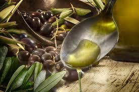 is the origin of hummus middle eastern or greek
