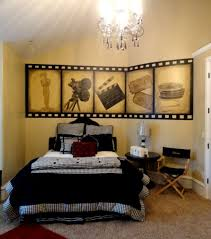 Hollywood Themed Bedroom | movie themed bedroom angela painted this hollywood movie themed