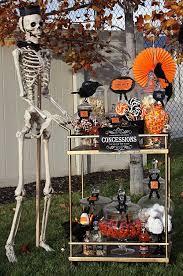 Halloween Party Ideas Decorations Outdoor by Best 25 Halloween Candy Buffet Ideas On Pinterest Halloween