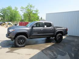 toyota commercial vehicles usa 2016 toyota tacoma trd sport with a lift kit irwin toyota news