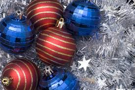 free stock photo 3586 red and blue christmas balls freeimageslive
