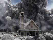 aktuelle vulkanausbrüche sumatra aktuelle themen nachrichten süddeutsche de