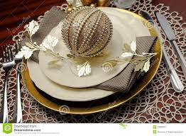 Formal Dining Setting Table Latest Trend Of Gold Metallic Theme Christmas Formal Dinner Table