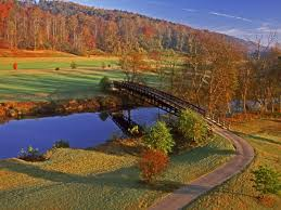 13 destinations fall leaves south southern living