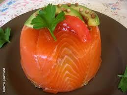 cuisiner le saumon fumé bavarois d avocat au saumon fumé binôme gourmand