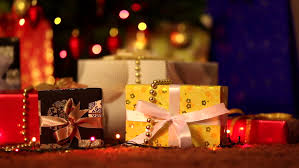 Lighted Polar Bear Christmas Decorations by Decorated And Lighted Christmas Tree Polar Teddy Bear