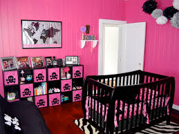 Gothic Baby Cribs by Wonder How To Get The Skulls Onto Those Canvas Type Drawer Thingys
