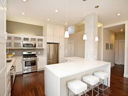 plain kitchen island post example of a country singlewall eatin